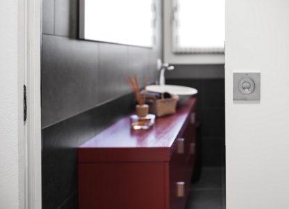eclisse-flush-bathrom-pocket-door_1000x720__40908.1504089139